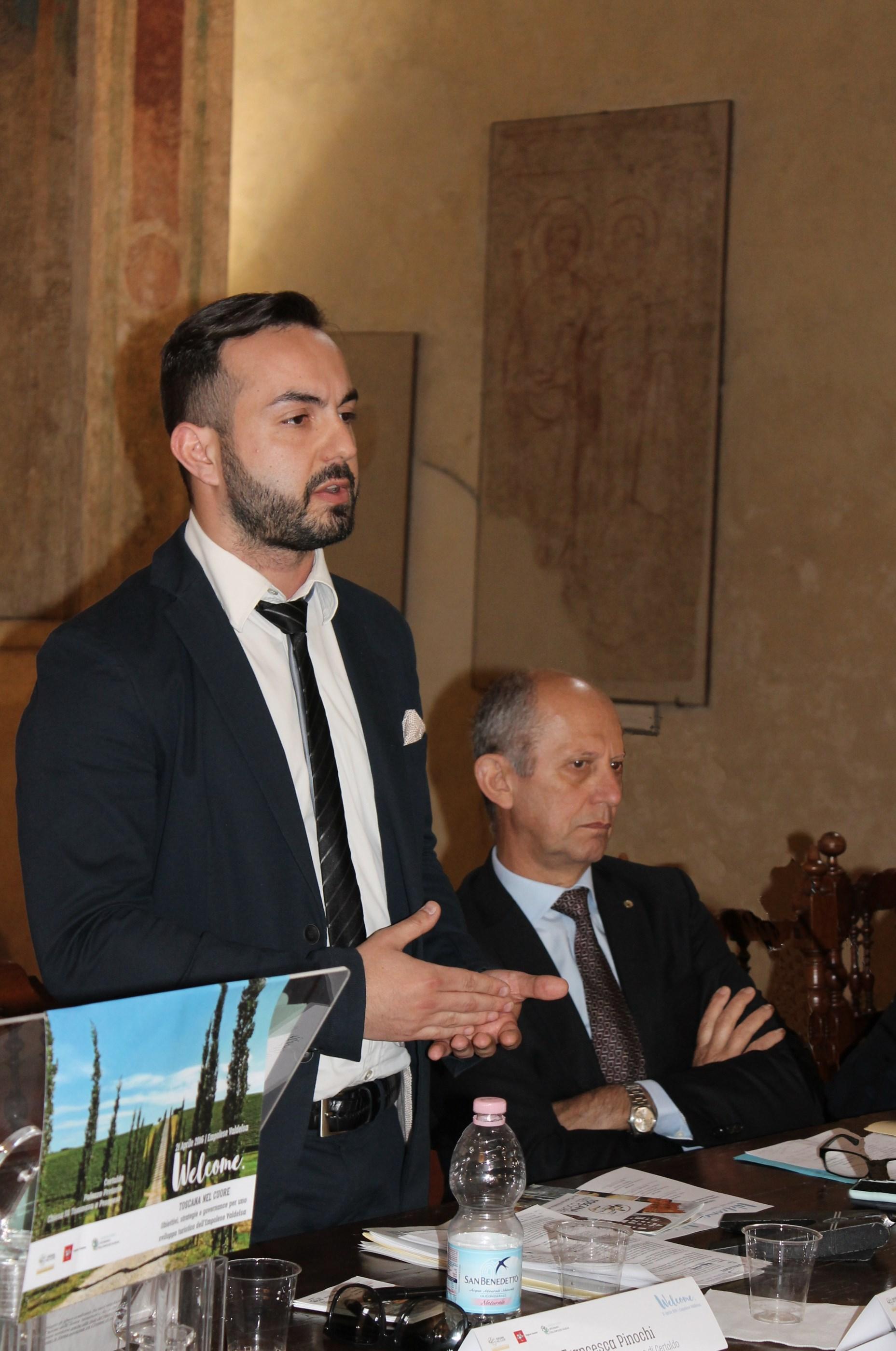 Giacomo Cucini con l'assessore regionale al turismo Stefano Ciuoffo a Certaldo nel 2016 per Welcome - foto IMG