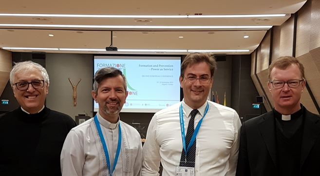 Da sinistra don Gianni Cioli, don Leonardo De Angelis?, il prof. Stefano Lassi, e il prof. Hans Zollner