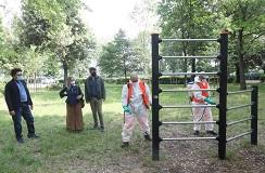 Sopralluogo dell'assessore allo sport Cosimo Guccione e dell'assessore all'ambiente e innovazione tecnologica Cecilia del Re parco delle Cascine, in una delle aree che saranno riaperte