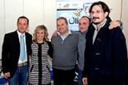 Nella foto il sindaco Lorenzini (al centro) con l'assessore Gianacterino e  alcuni dirigenti dell'Olimpia team