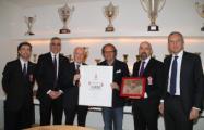 Premio a Andrea della Valle per le Mille vittorie Viola (foto Claudio Giovannini
