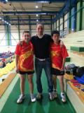 Edoardo Raccanello e Steven Lu con l'allenatore Andrea Bongini