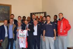 il sindaco Bertinelli e l'assessore allo sport Tuci hanno incontrato i giocatori e i dirigenti della Giorgio Tesi Group Pistoia
