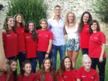 le ragazze dell'Esseci Nuoto con Chiara Masini Lucetti