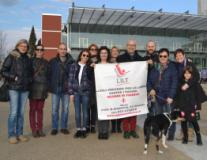 Nella foto il Sindaco Fallani e l'Assessore Capitani, insieme ai consiglieri comunali Bambi e Trevisan, posano con Laura Landi Bicci e i volontari della Delegazione LILT al piazzale della Resistenza
