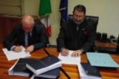 il Prefetto Dott. Angelo Ciuni ed il Presidente  Sig Loriano Gorell1