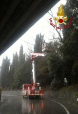 Intervento dei vivili del fuoco alle Caldine