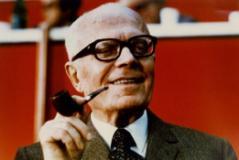 Sandro Pertini in una foto sul sito della Fondazione Circolo Rosselli