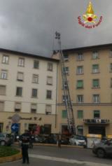 Intervento dei Vigili del Fuoco in Piazza Alberti a Firenze