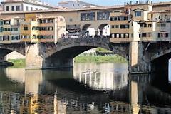 Furto di uno zaino sul Ponte Vecchio (foto Antonello serino Redazione di Met)