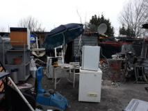 Area raccolta abusiva rifiuti