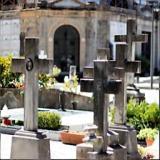 Al via la manutenzione straordinaria al cimitero comunale (foto Antonello Serino Redazione Met)