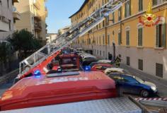Intervento dei vigili del fuoco a Firenze