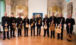 Accademia Mandolinistica Napoletana (FontefotoOperaDuomo)