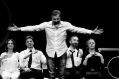 """Andrea Bruni sul palco del Teatrodante con la commedia """"Oblò - Lavaggio cuori delicati"""""""