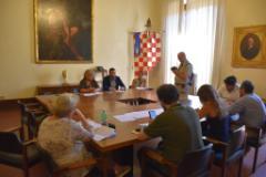 """""""Scuole sicure"""", siglato il protocollo d'intesa tra Prefettura e Comune di Pistoia (foto da comunicato)"""