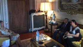 Il prefetto Laura Lega con l'ambasciatore Daya S.J. Pelpola