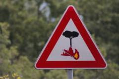prorogato al 30 settembre il divieto di abbruciamento (foto Antonello Serino)