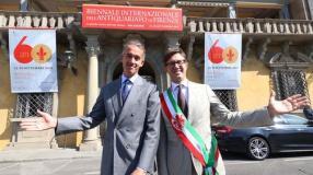 Moretti e Nardella davanti a Palazzo Corsini