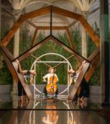 Strings City 2019_Naomi Berrill e danzatrici Virgilio Sieni alla Botanica di Leonardo Ex Dormitorio Santa Maria Novella_foto a cura degli studenti della LABA