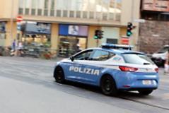 Sorpresi dalla vigilanza e arrestati dalla Polizia di Stato (foto Antonello Serino Met)