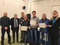 Foto di gruppo dei vincitori della XX edizione del Premio Concorso dell'Olio di Qualità Extravergine d'Oliva del Montalbano