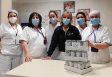 dottoressa Salvestroni insieme ad alcune ostetriche dell'ospedale San Giuseppe di Empoli