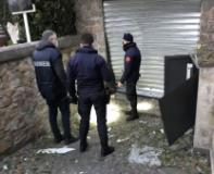 I Carabinieri sul luogo dell'esplosione