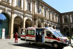 Ambulanza (foto archivio Antonello Serino)