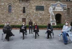 Flash mob pro Ursula Von der Leyen in Piazza della Signoria